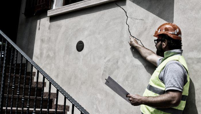 Reparar grietas en paredes