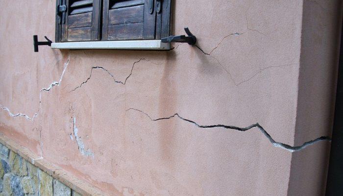 grieta en una pared
